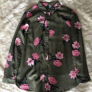 NWOT H&M Flower Print Blouse